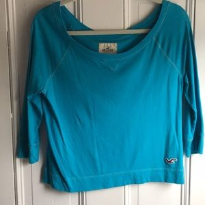 Blue quarter-sleeve shirt